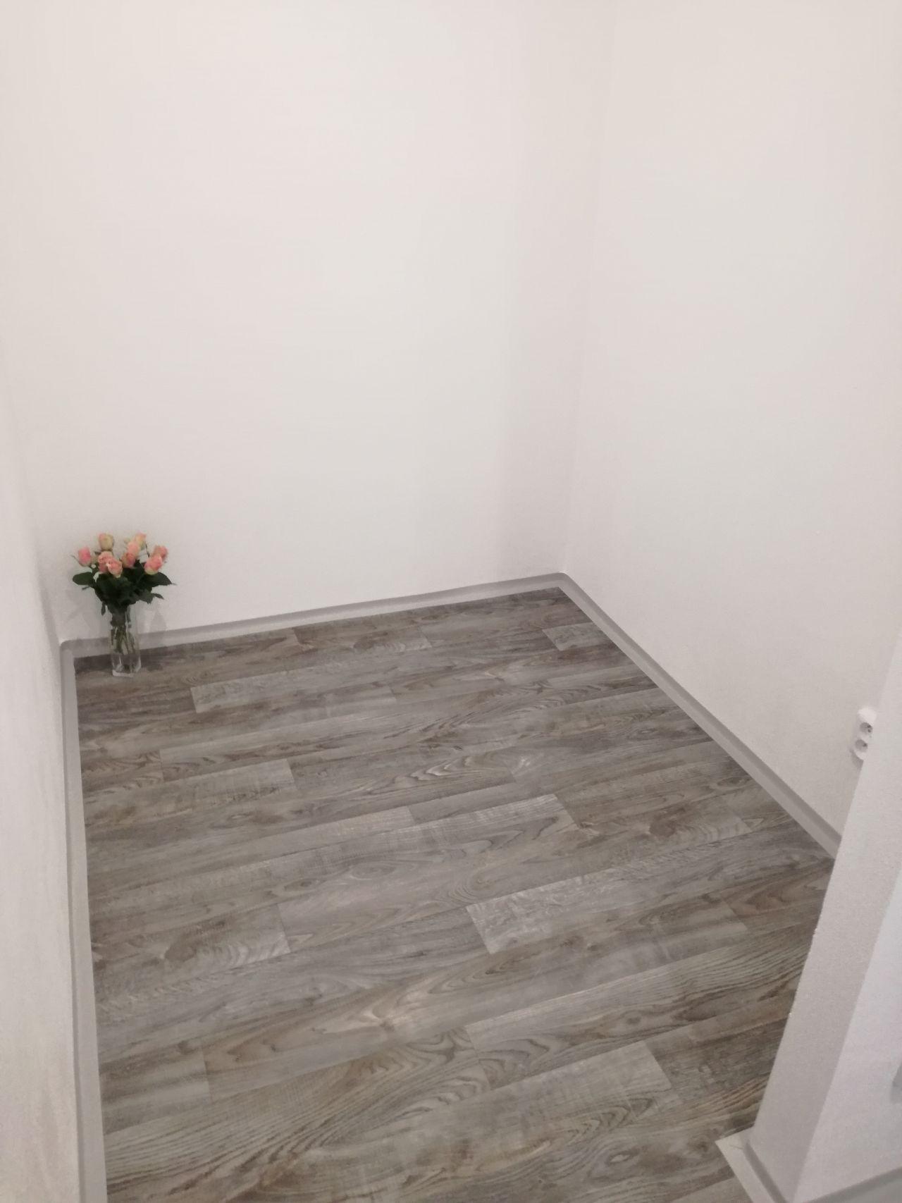 Pronájem bytu 2+1 55 m2, ul. Plzeňská 1122/7, Ostrava - Hrabůvka Místnost, která může sloužit jako komora, šatna nebo pracovna