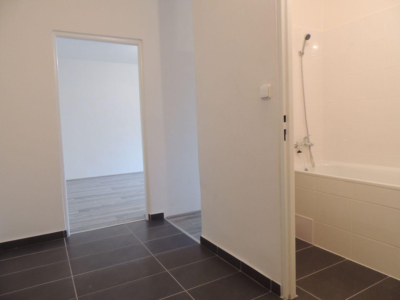 Pronájem bytu 1+1 35 m2, ul. 29. dubna 256/27, Ostrava - Výškovice