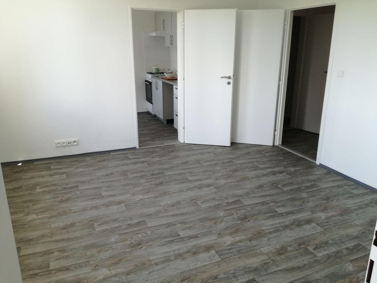 Pronájem bytu 2+1 44 m2, ul. Václava Košaře 61/30, Ostrava Dubina