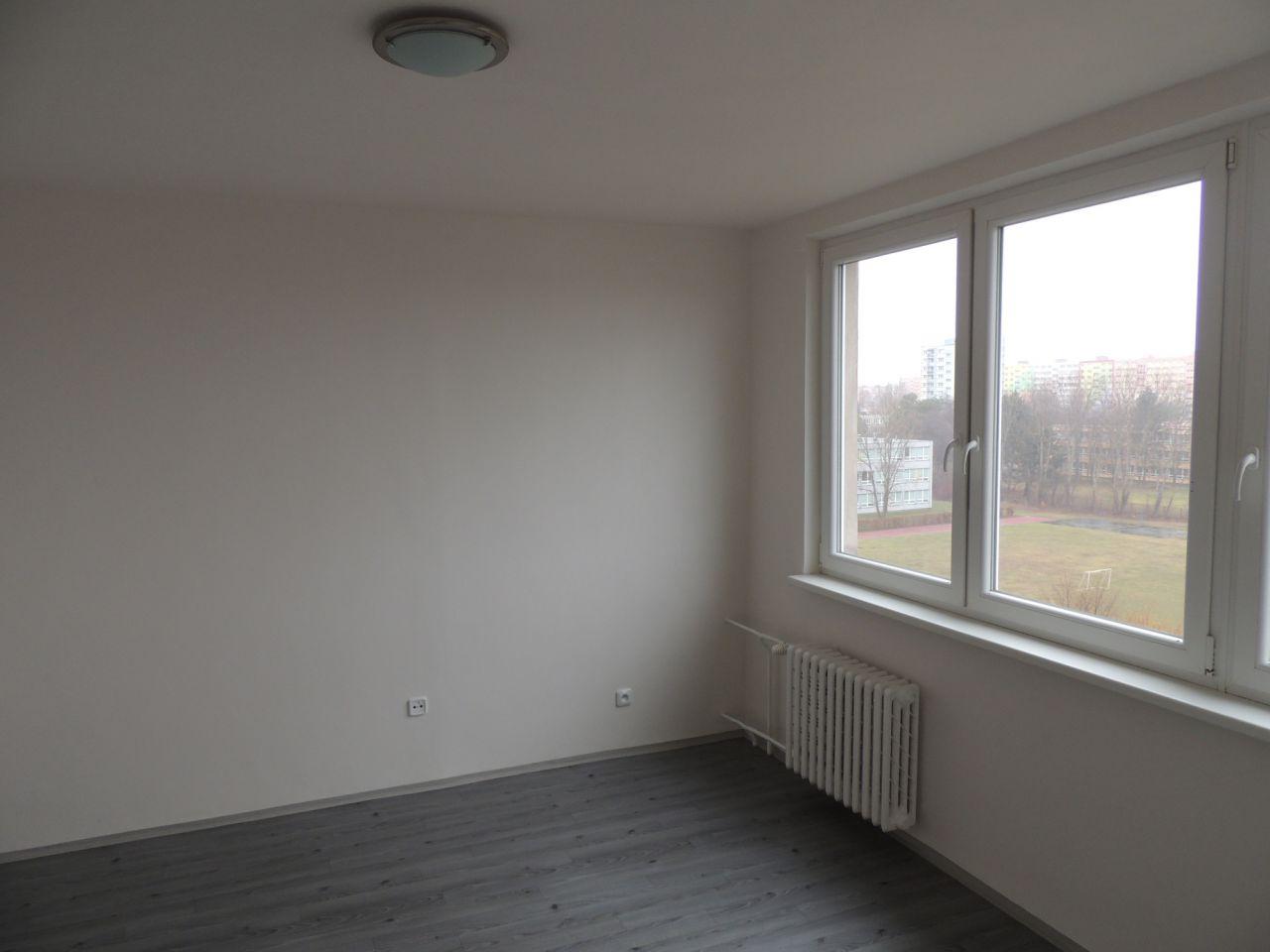 Pronájem bytu 2+1 44 m2, ul. Jana Maluchy 63, Ostrava - Dubina