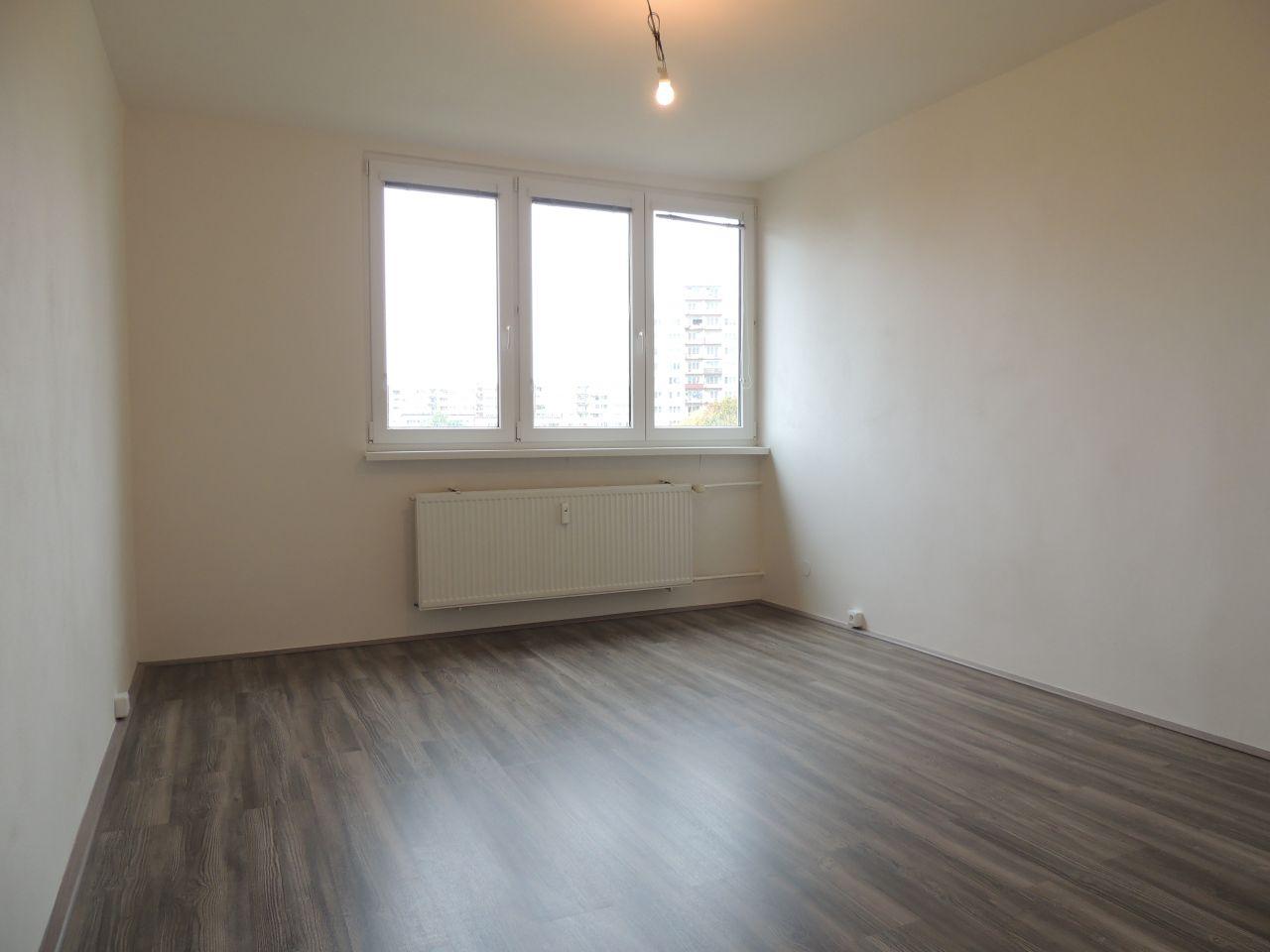 Pronájem bytu 1+1 37 m2, ul. Generála Píky 2918/17, Moravská Ostrava