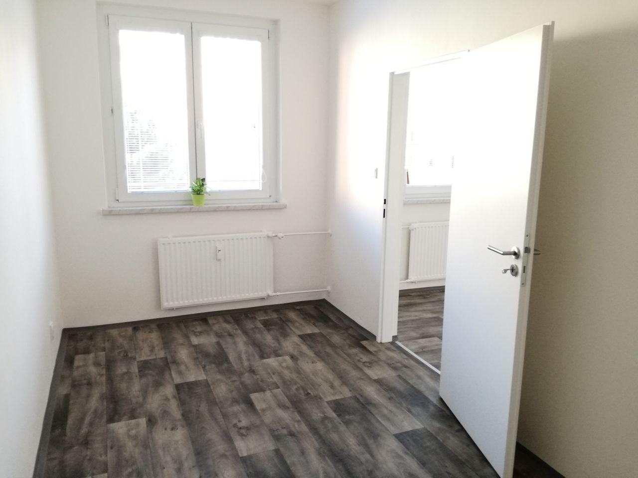 Pronájem bytu 2+1 44 m2, ul. Emanuela Podgorného 90/6, Ostrava - Dubina
