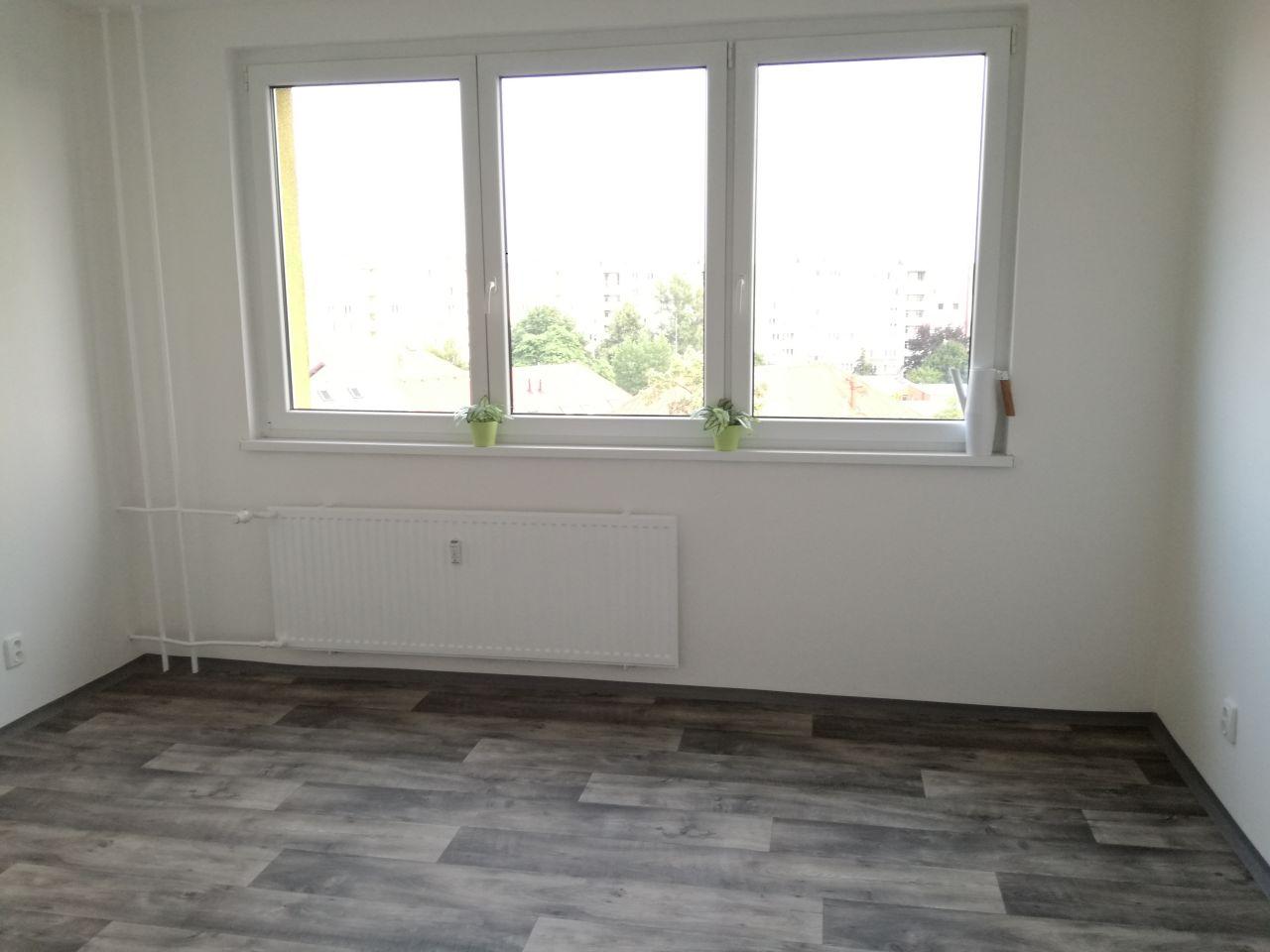 Pronájem bytu 2+1 44 m2, ul. Sládkova 3049/22, Ostrava - Fifejdy