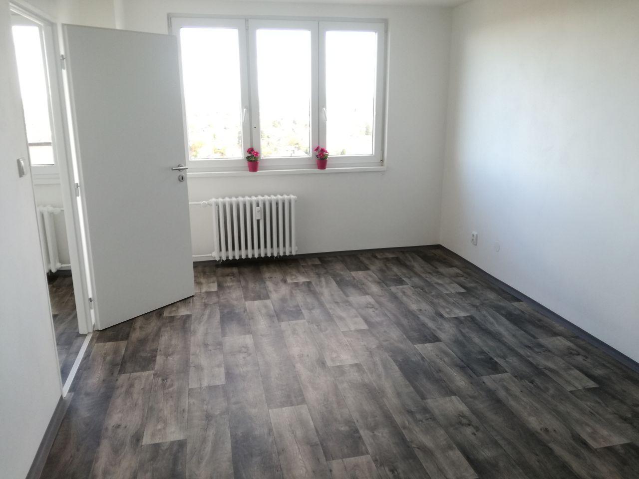 Pronájem bytu 2+kk 38 m2, ul. Pavlovova 2629/25, Ostrava - Zábřeh