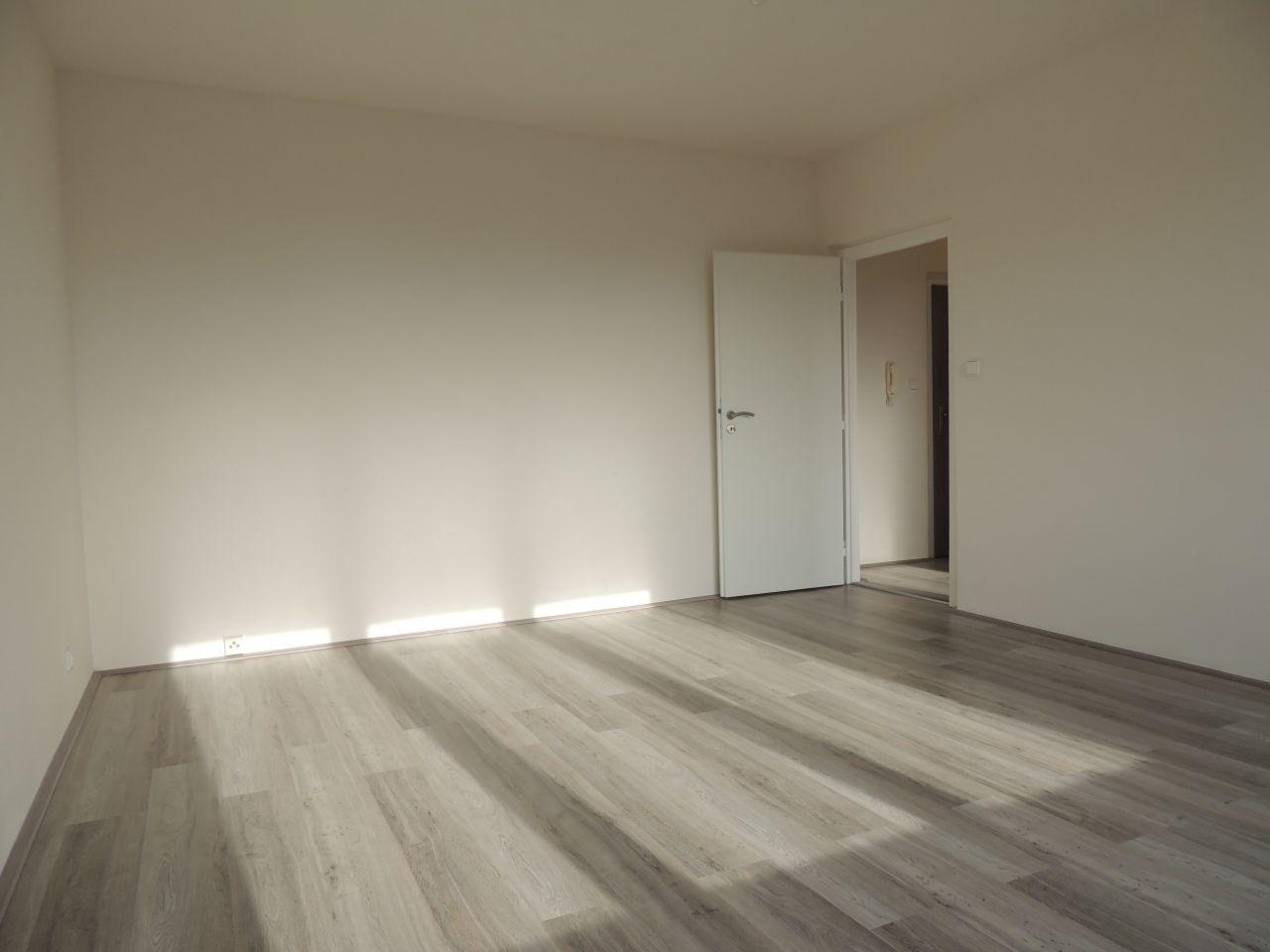 Pronájem bytu 1+1 40 m2, ul. Jugoslávská 2847/55, Ostrava - Zábřeh