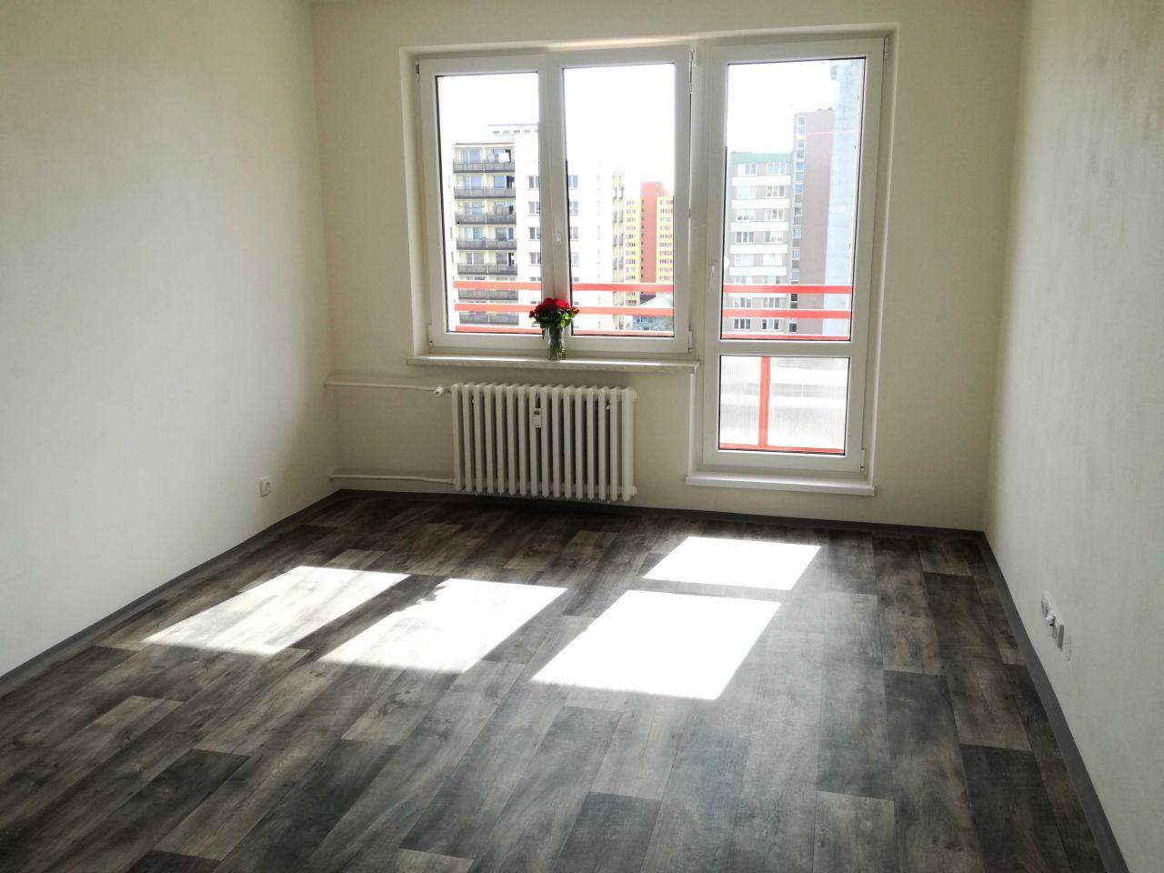 Pronájem bytu 1+kk 26 m2, ul. Lumírova 490/9, Ostrava - Výškovice