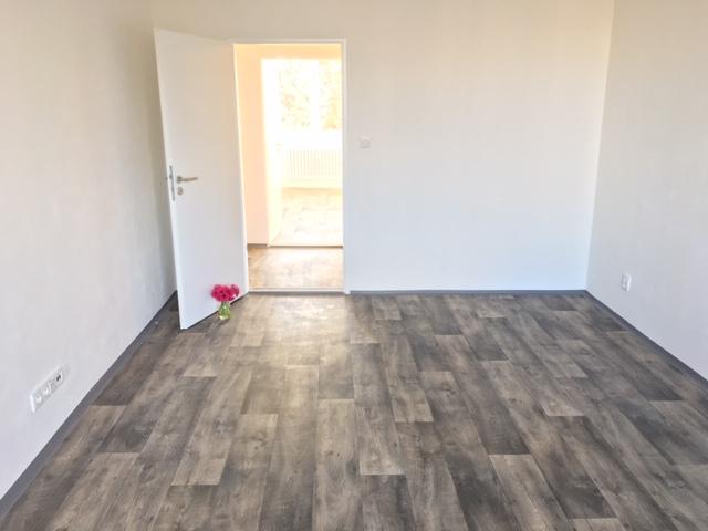 Pronájem bytu 2+1 59 m2, ul. Varenská 2948/2, Ostrava - Fifejdy