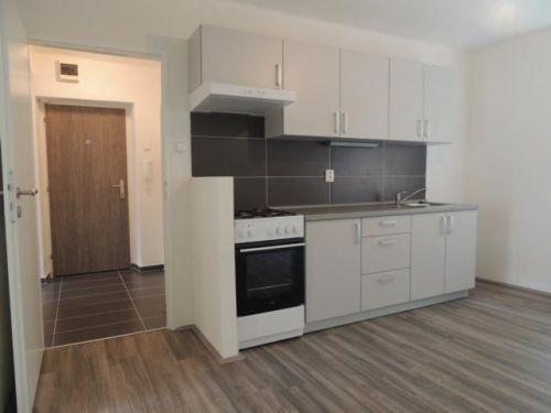 Pronájem bytu 2+1 49 m2, ul. Averinova 1682/4, Ostrava - Zábřeh